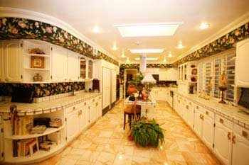 Agape Care has a beautiful kitchen for delicious home-cooked meals