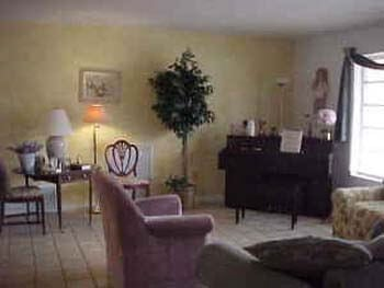 Angel House Assisted Living Facility In Pembroke Pines