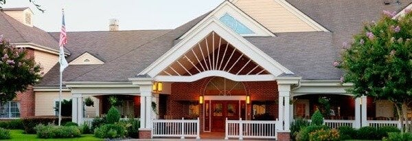 Atria Westchase Alzheimer's and Assisted Living in Houston is a richly decorated and comfortable, secure facility