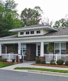 Charlotte Square - a superb choice for assisted living in Charlotte