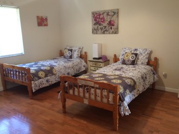 bedroom for senior couple