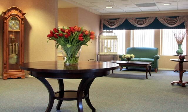 Assisted living facilities in mesa arizona az senior care Merrill gardens assisted living