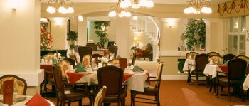 dining room for seniors