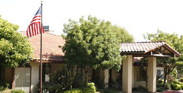 Oak Tree Villa is a stately facility that can accommodate seniors in a safe and pleasing environment.