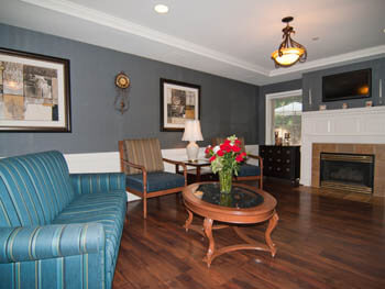 Pacifica senior living victoria court assisted living for The family room pacifica