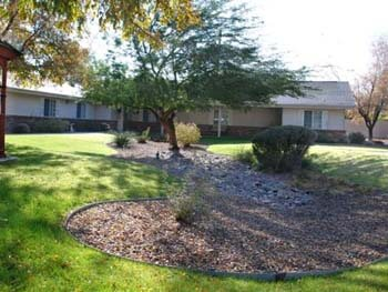 gardens and exterior view of Pacifica Tucson