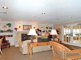 Emeritus at Pinehurst is a home-away-from-home experience for seniors.