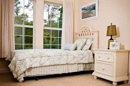 Spring Hills in Orlando - seniors bedroom