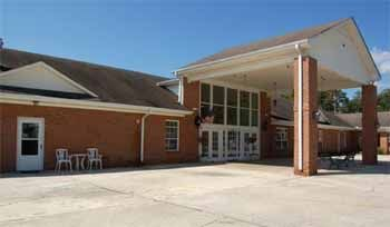 Victorian Manor is a striking facility that offers assisted living services for seniors in the Hanceville area.
