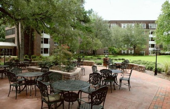 Westminster Oaks senior living and memory care